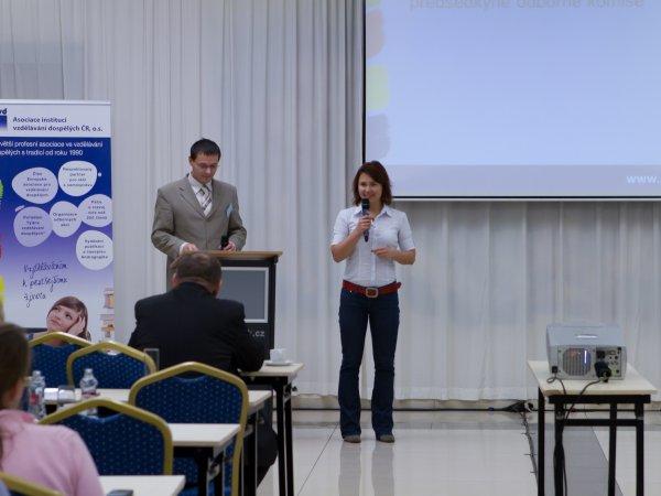 Slovo předsedkyně odborné komise soutěže Lektor / Lektorka roku 2012 Ing. Jany Puhalové