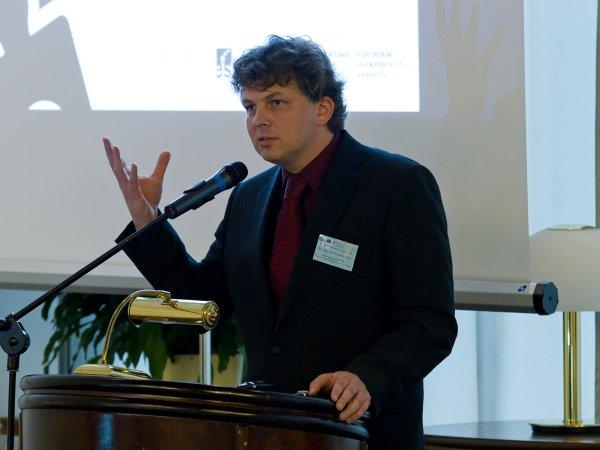 Příspěvek člena expertního týmu projektu AIVD ČR Doc. Mgr. Petra Novotného, Ph.D.